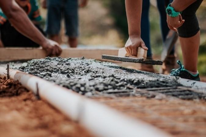 MIT Research Evaluates Carbon Uptake in Concrete Pavements